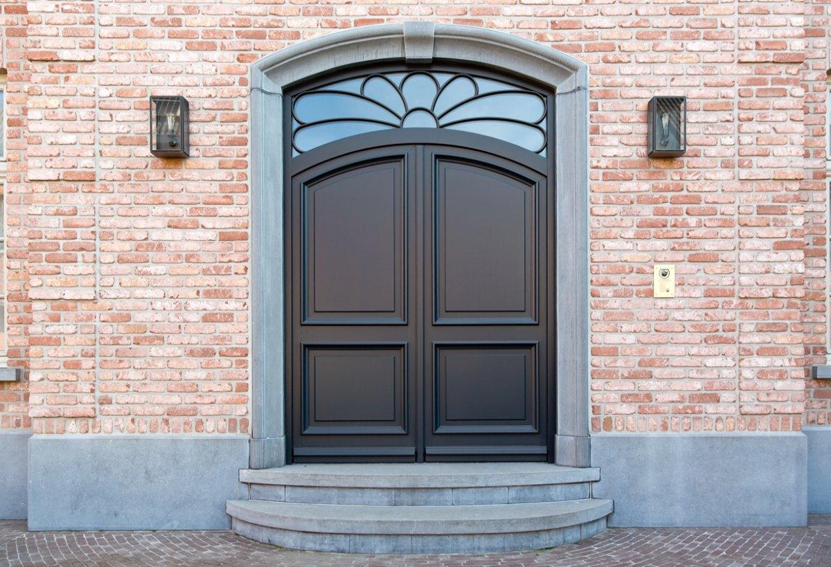 peindre une porte en bois exterieur. Black Bedroom Furniture Sets. Home Design Ideas